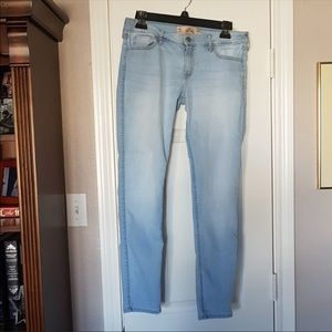 Hollister Super Skinny Jeans Size 9S